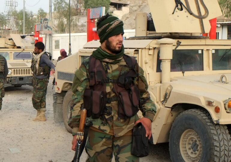 The Guardian: Cum i-au împins soldaţii americani pe afgani în braţele talibanilor în ultimii 20 de ani