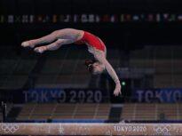 JO 2020 | Aur și argint pentru China în finala de la bârnă. Cu nota din calificări, Larisa Iordache ar fi fost pe podium