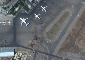 Haosul de pe aeroportul din Kabul s-a văzut şi din satelit (Foto)