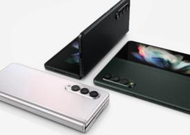 Ce spun review-urile despre Galaxy Z Fold 3, noul telefon pliabil premium de la Samsung: E bun, dar oare e suficient de bun?