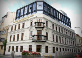 Primul centru de vaccinare pentru elevi și profesori se deschide într-o școală de renume din București