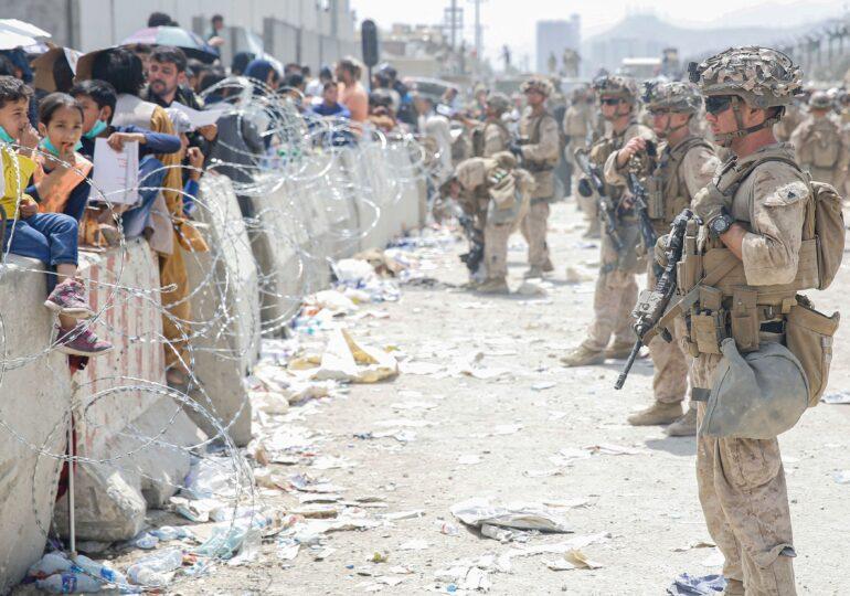 Frica de talibani, când ceasul ticăie și moartea își face de cap
