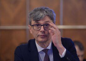 Ministrul Energiei susține că, de fapt, curentul nu s-a scumpit prea mult. Cum promite să-i ajute pe românii care nu-şi vor putea plăti facturile la iarnă