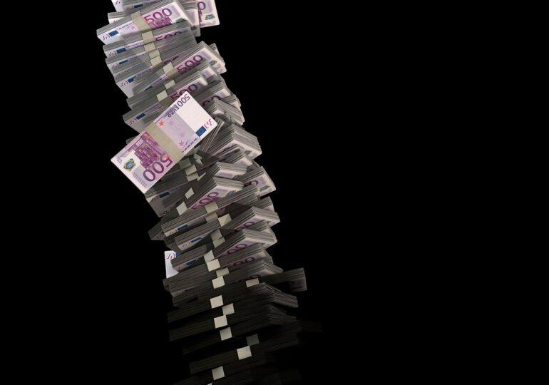 Datoria externă a crescut în primele șapte luni cu 6 miliarde de euro