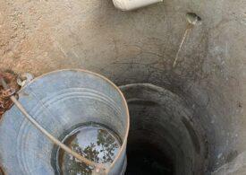 Un sat din Prahova a rămas fără apă din cauza secetei. A fost adusă o autocisternă ISU