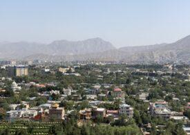 Ofensiva talibanilor i-a surprins pe americani. Capitala Kabul riscă să cadă înainte de venirea iernii