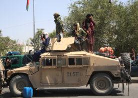 De ce n-a luptat armata afgană cu talibanii? Soldați-fantomă, șefi corupți și aliați neserioși, doar câteva dintre cauze - analiză DW