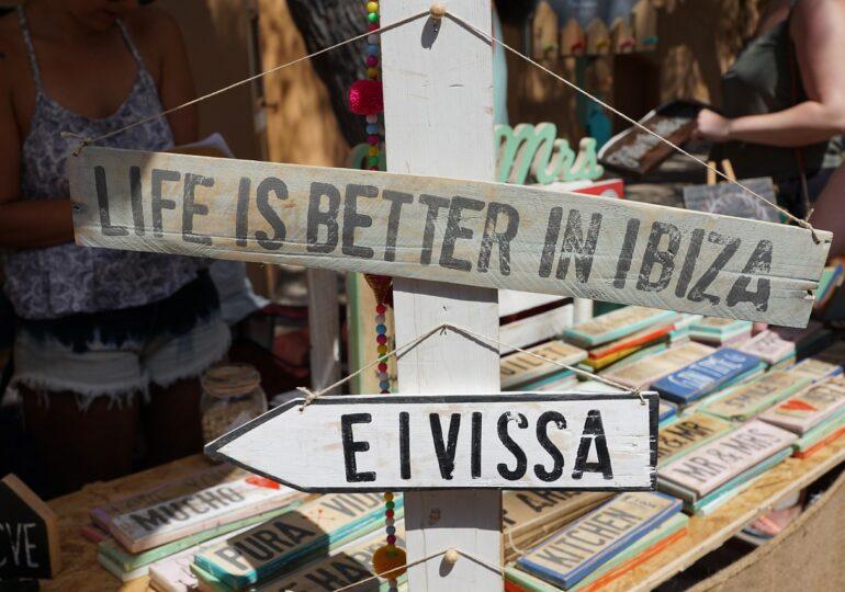 Ibiza caută detectivi ca să oprească petrecerile ilegale, după ce cazurile de Covid s-au înmulțit
