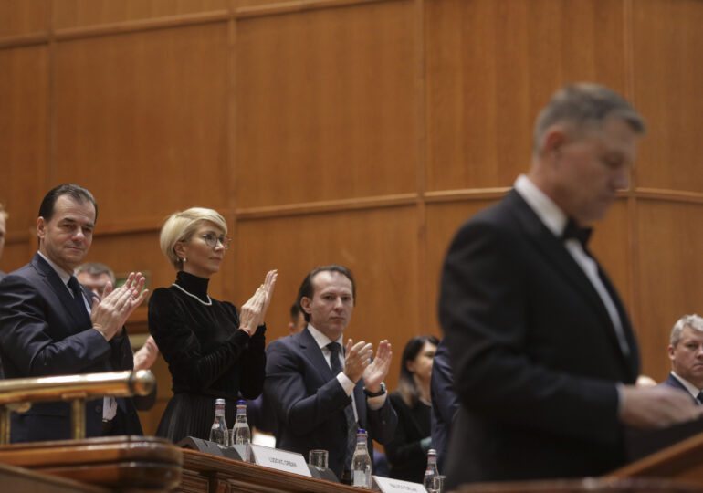 Cristian Pîrvulescu: Criza din Guvern a fost o acțiune deliberată de provocare a USR PLUS