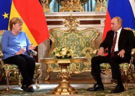 Merkel a cerut la Moscova eliberarea lui Navalnîi, Putin a refuzat
