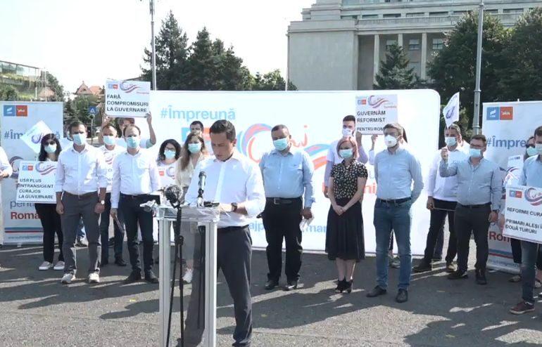 """Nici Barna, nici Cioloș, un partid nu este un boy band. A treia cale ar putea recupera procentele pierdute de USR PLUS <span style=""""color:#ff0000;font-size:100%;"""">Interviu video</span>"""