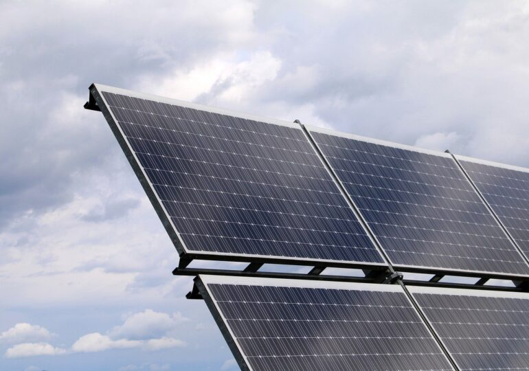 Energia viitorului: Unele țări au ajuns să-și acopere jumătate din necesar din surse regenerabile