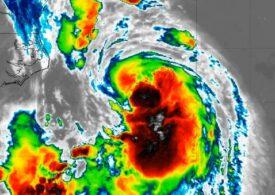 Nord-estul SUA, lovit de primul uragan din ultimii 30 de ani