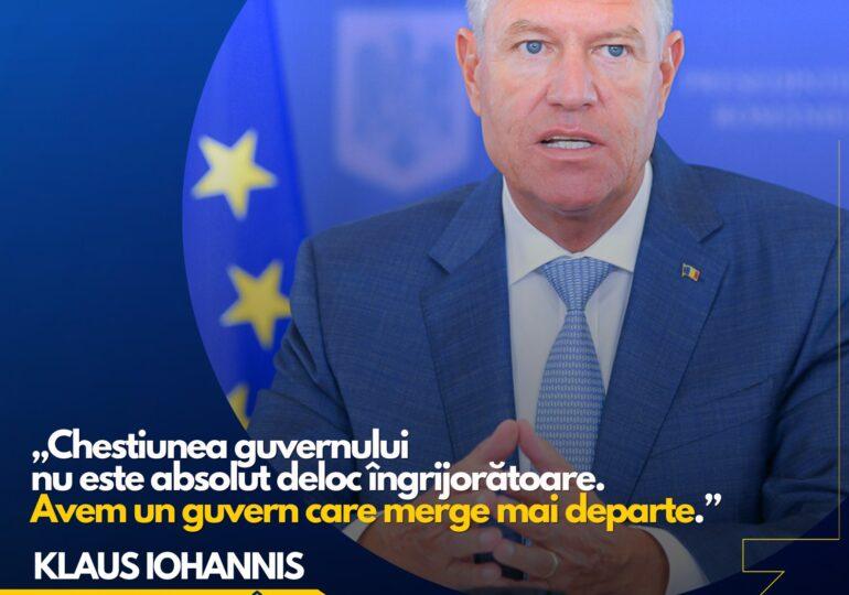 """Iohannis spune, în Elveția, că  """"nu este absolut deloc îngrijorătoare"""" criza guvernamentală"""