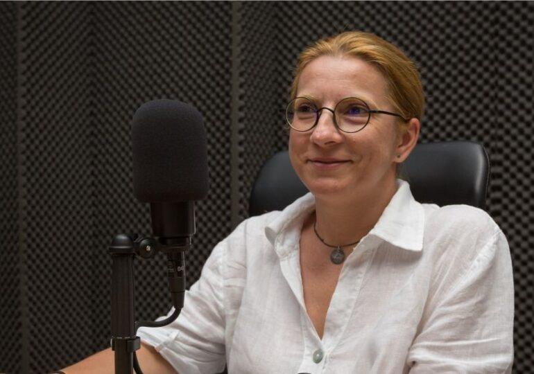 Gabriela Bartic, șef de operațiuni Brio.ro, la Digital Shift: 90% dintre copiii noștri s-au mutat în mediul digital. Acolo trebuie să se petreacă și educația