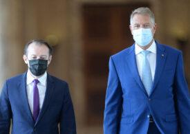 Iohannis e om politic și joacă politic. Dar mai poate fi un mediator, așa cum îl obligă Constituția?
