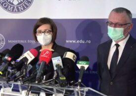 Autoritățile s-au răzgândit și permit elevilor masca textilă. Au fost anunțate măsurile finale pentru noul an școlar