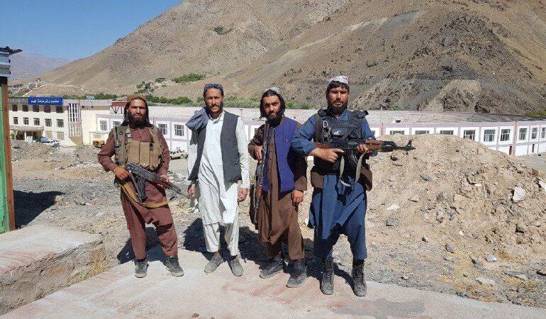 Deși au promis că nu se vor răzbuna pe civili, talibanii au ucis cel puțin 20 de persoane în Valea Panjshir