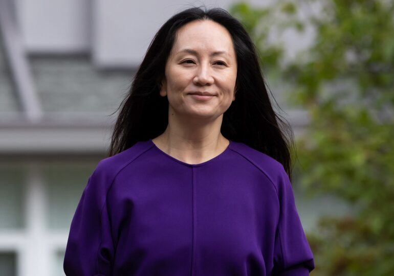 După 3 ani de arest în Canada, moștenitoarea imperiului Huawei s-a întors în China
