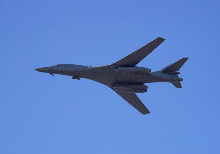 Avioane militare ruse, interceptate de aeronave NATO în apropiere de România