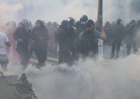 Zeci de mii de europeni au protestat în stradă din cauza măsurilor impuse în valul 4 al pandemiei