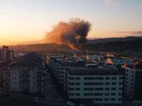 Incendiu puternic la o hală din Cluj-Napoca. Fumul este vizibil în tot orașul (Video)