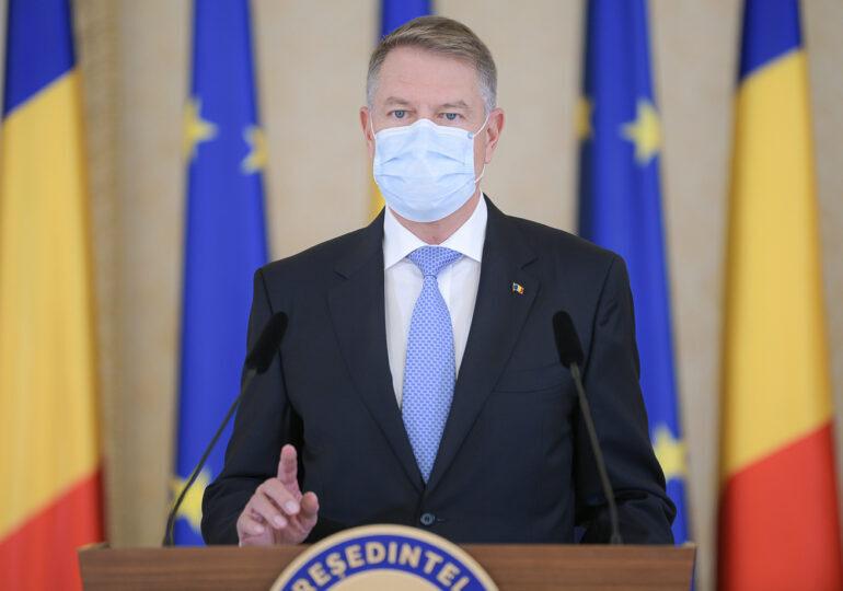 Iohannis: Am decis să reevaluăm campania de vaccinare, să vedem cum o putem repune pe roate