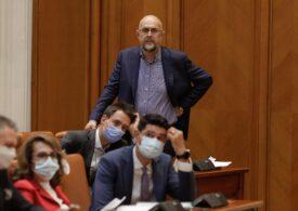 Kelemen Hunor nu e sigur că UDMR îl va susține pe Cioloș: Nu poţi să spui că astăzi îţi dau un pumn în gură şi a doua zi te cer de nevastă
