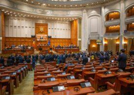 Moțiunea USR PLUS a fost citită într-o ședință cu strigăte, îmbrânceli și amenințări cu plângeri penale, în Parlament (Video)