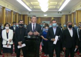 Miniștrii USR PLUS își dau demisia din Guvern (Video)