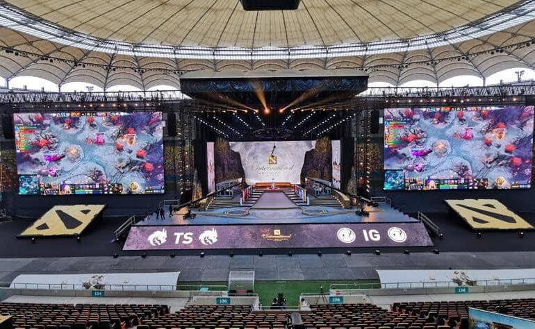 Nicușor Dan anunță că a început campionatul de sporturi electronice de pe Arena Națională, care aduce încasări la buget