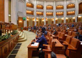 Parlamentul a adoptat plafonarea  prețurilor la energie. Vor beneficia consumatorii casnici, dar și firmele, spitalele și bisericile