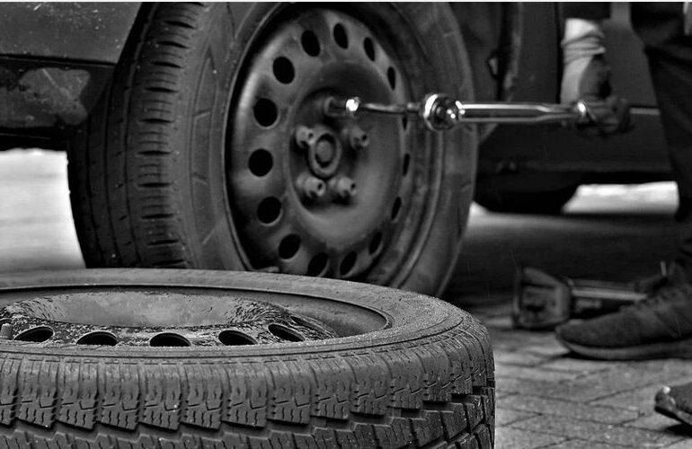 """RAR nu asimilează anvelopele """"all season"""" cauciucurilor de iarnă"""
