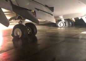 Un avion a aterizat la Cluj-Napoca cu un incendiu la trenul de aterizare (Video)