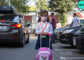 România a comandat vaccin antiCOVID pentru 600.000 de copii între 5 și 11 ani, doze care încep să vină în decembrie