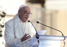 Papa Francisc susține salariul universal și reducerea zilei de lucru