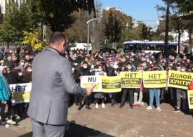 Protest organizat de comuniștii proruși, la Chișinău, după arestarea procurorului general Stoianoglo pentru corupție