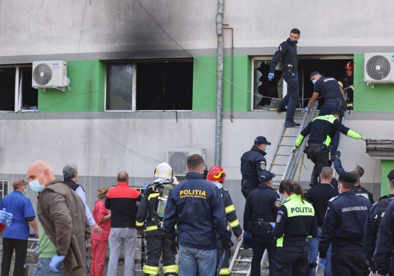 Incendiu la ATI la un spital din Constanța, soldat cu 7 morți și peste 100 de bolnavi de COVID relocați (Foto & Video)