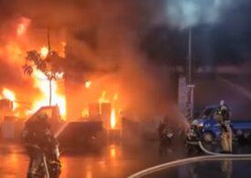Cel puțin 46 de morți și zeci de răniți după ce un bloc de 13 etaje din Taiwan a luat foc (Video)