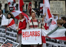 Comitetul Helsinki din Belarus a fost scos în afara legii. Circa 100 de persoane, arestate pentru comentarii pe social media