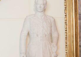 O statuie a regelui Mihai I în mărime naturală va fi dezvelită la Sinaia